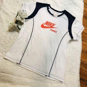 Women's Nike Tennis Tee Size M